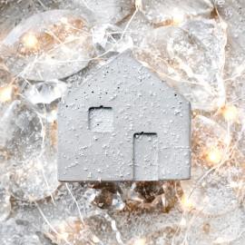 Świecznik betonowy Domek mały